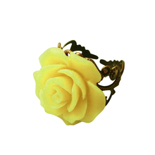 Hot New Unique Design Resin Rose Pattern Open Adjustable Ring Elegant Women Finger Decorated Ring