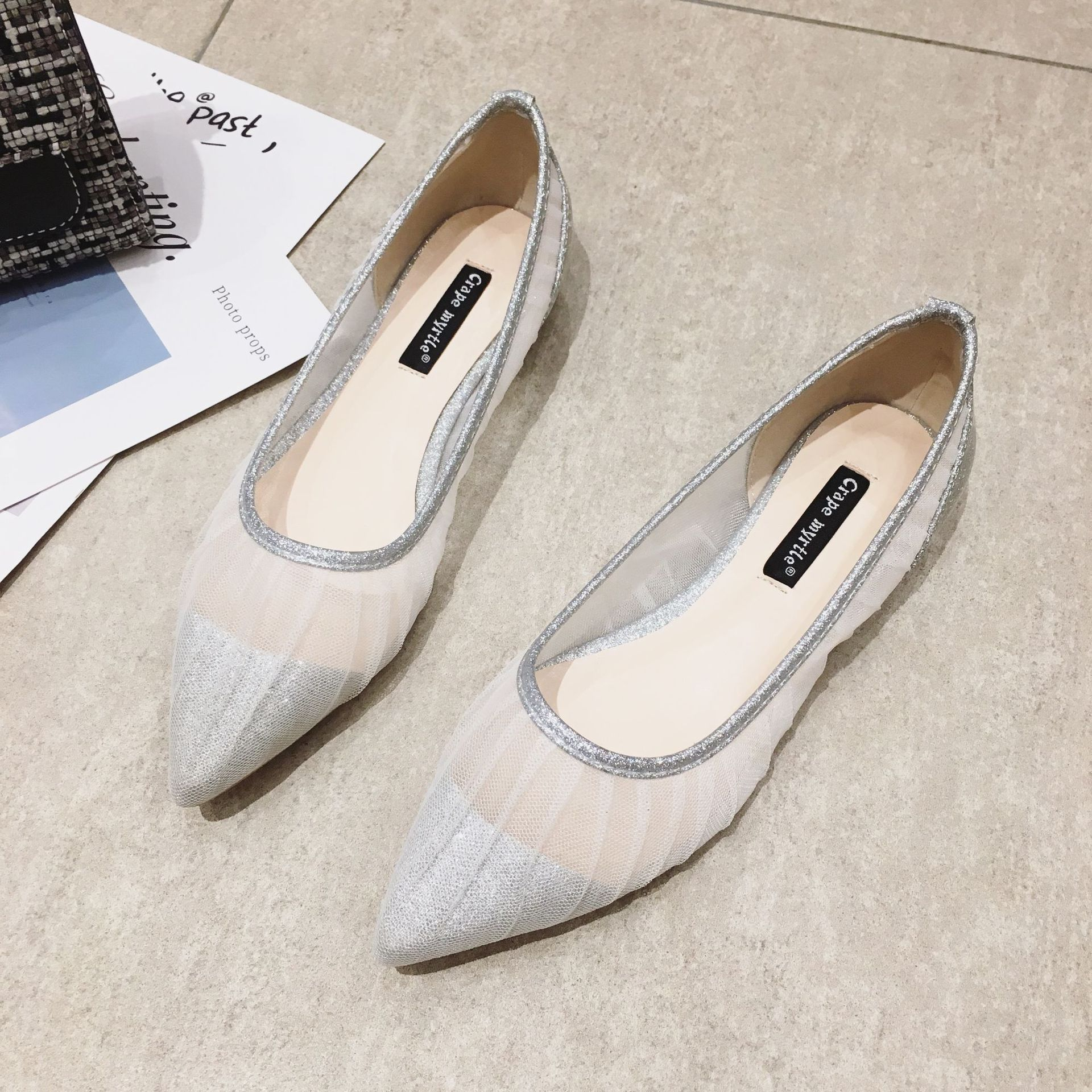 Women's Shoes 2020 New Spring Korean Version of the Flats Joker Tip Mesh Sexy Shoes