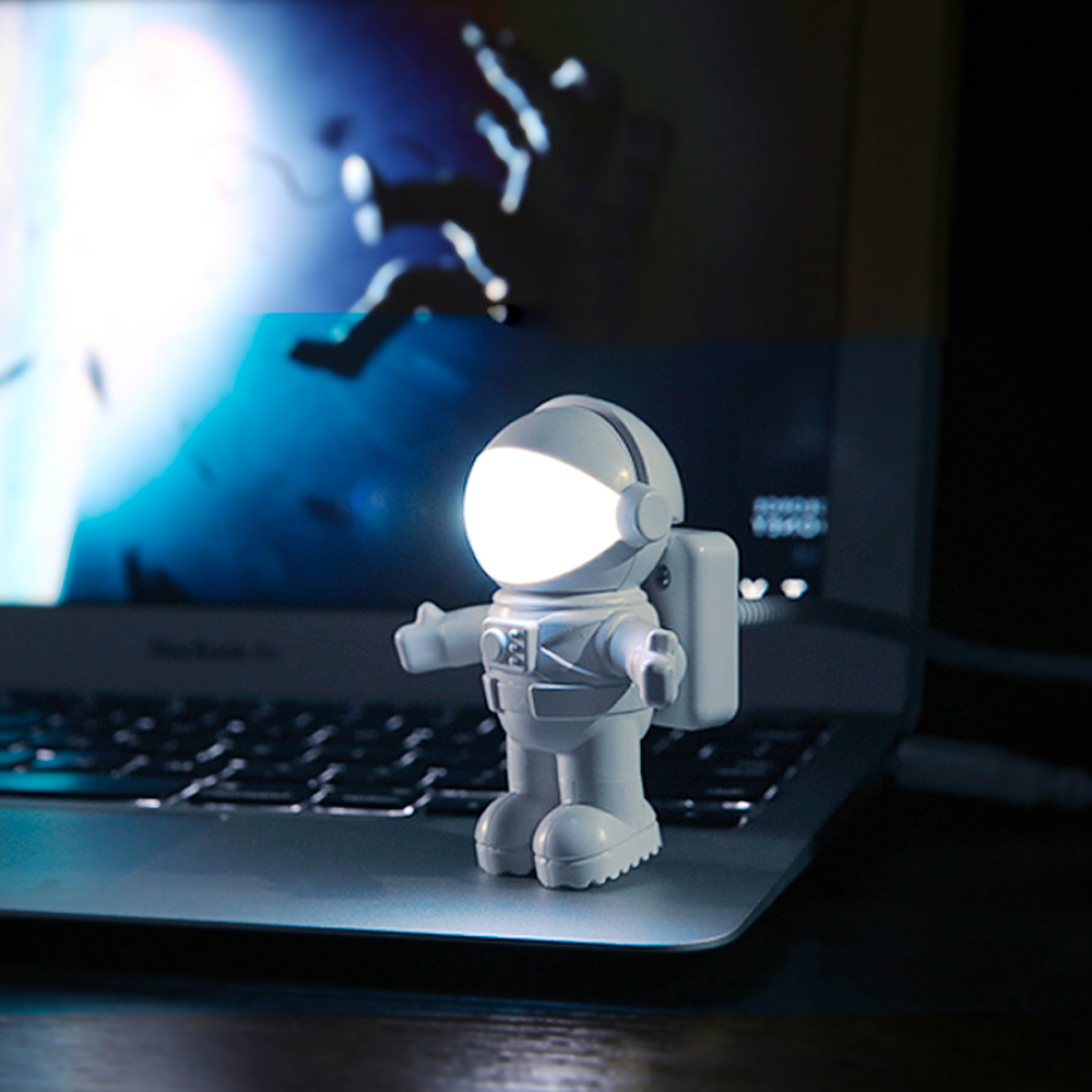 New Style Cool New Astronaut  USB LED Adjustable Night Light For Computer PC Lamp Desk Light Pure White