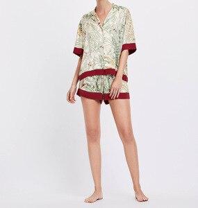 Image 3 - Женские атласные пижамы с коротким рукавом, летние шорты с принтом и воротником стойкой, пижама для дома