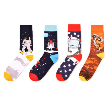 Colorful Men's Crew Skateboard Socks Funny Design Combed Cotton Dress Wedding Socks Space Man Pattern Fashion Casual Party Sock 1