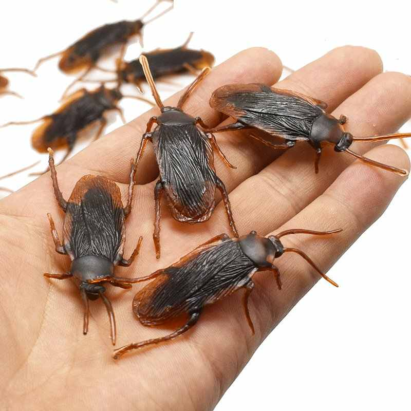 10Pcs Funny Toys Fake Cockroach Flies Centipede Halloween Decoration Joke Prank Maker Fun Novelty Simulation False Cockroach Toy