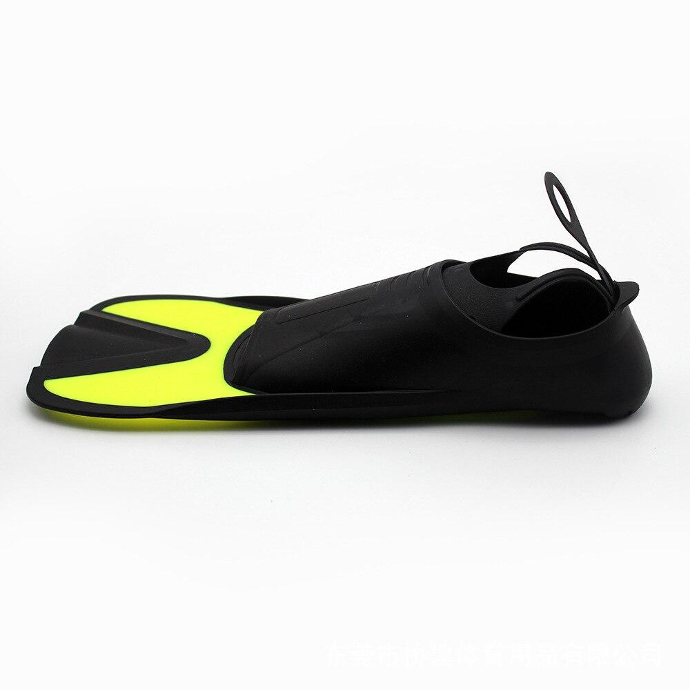 pé treinamento equipamento mergulho