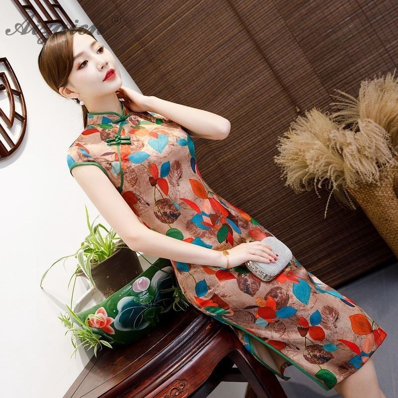 Oriental Style Flower Cheongsam Long Vintage Gown Women Traditional Chinese Dress Qipao Slim Similar Silk Qi Pao Robe Orientale