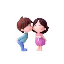 2pcs Kissing Couple Dolls Small Ornaments Handicraft Mini Artificial  Micro Landscape PVC Plastic Miniature Garden