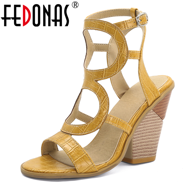 FEDONAS Summer Euro Style Fashion Sexy Women Gladiator Sandals Night Club Narrow Band 10cm Strange Heel Buckle Strap Shoes Woman