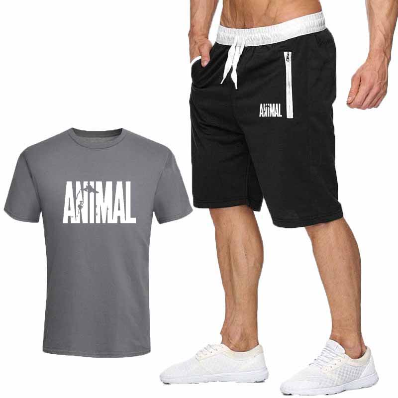 2020 New Men T Shirt Sets Marvel Printed Summer Suits Casual Tshirt Men Tracksuits Set Male T-shirt Fashion Clothing