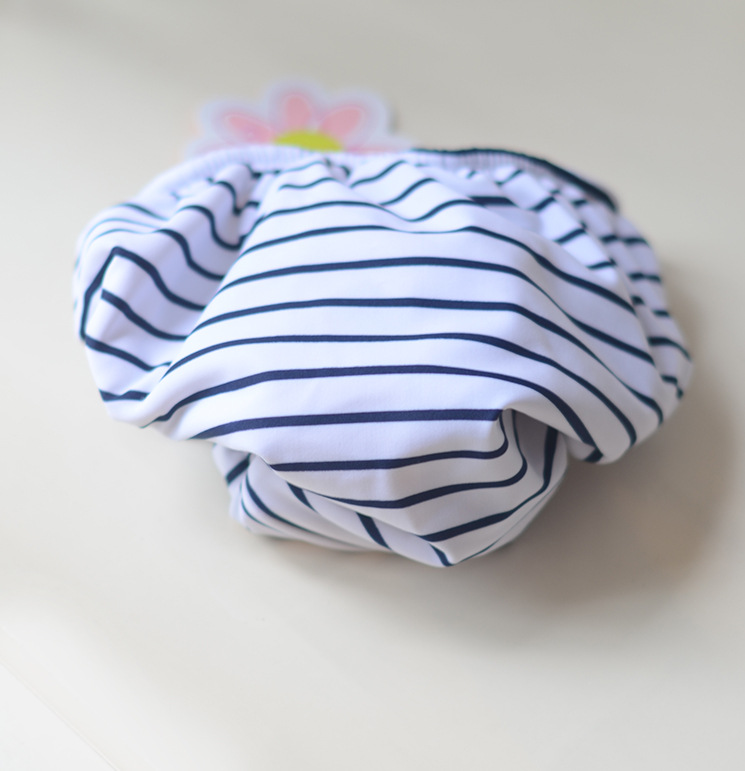 White Background Fine Bar Velcro Children Diaper Pants Cute Men And Women Baby Infants Small Children Leak-Proof Swimming Diaper