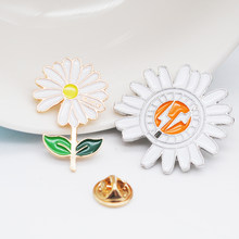 1 PC Daisy Flower Enamel Brooches Collar Needles Small Lightning Floral Shirt Suit Cardigan Lapel Pins Sunflower Brooch(China)
