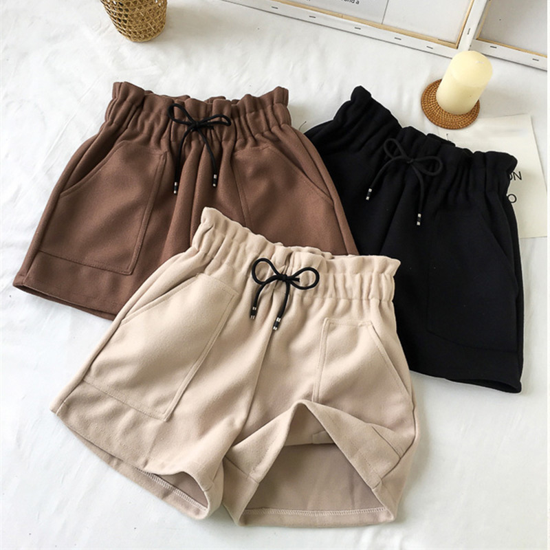 2019 Autumn Winter Women Shorts High Waist Shorts Solid Casual Loose Thick Warm Elastic Waist Straight Booty Shorts Pockets New