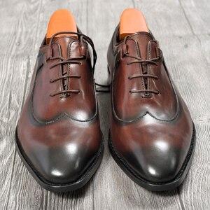 Image 4 - Mens Oxford elbise deri ayakkabı kahve rengi İtalyan tarzı yenilik ofis resmi rahat kap ayak ayakkabı özel dantel Up