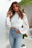 Elegante frauen Langarm Spitze Blusen Tops Weiß Casual Häkeln Aushöhlen Rollkragen Stilvolle Cropped Shirts Weibliche Pullover