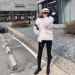 Image 3 - Женский пуховик на 90% утином пуху MISHOW, белый толстый короткий пуховик с капюшоном и меховым воротником, MX19D8869, зима 2019