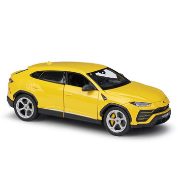 1:24 Collection Car Alloy Diecast Car Model Toy Vehicle Simulation Sports Car Wheels Doors Open For Kids Toys Car Decoration maisto 1 24 2009 gtr35 white car diecast for nissan police open car doors car model motorcar diecast for men collecting 32512