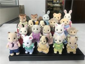 Image 1 - Geniune Sylvanian משפחות 10pcs פרוותי פעולה דמויות סט כלבים/Squrriels/דוב/עכבר/כבשים אקראי חדש לא חבילה
