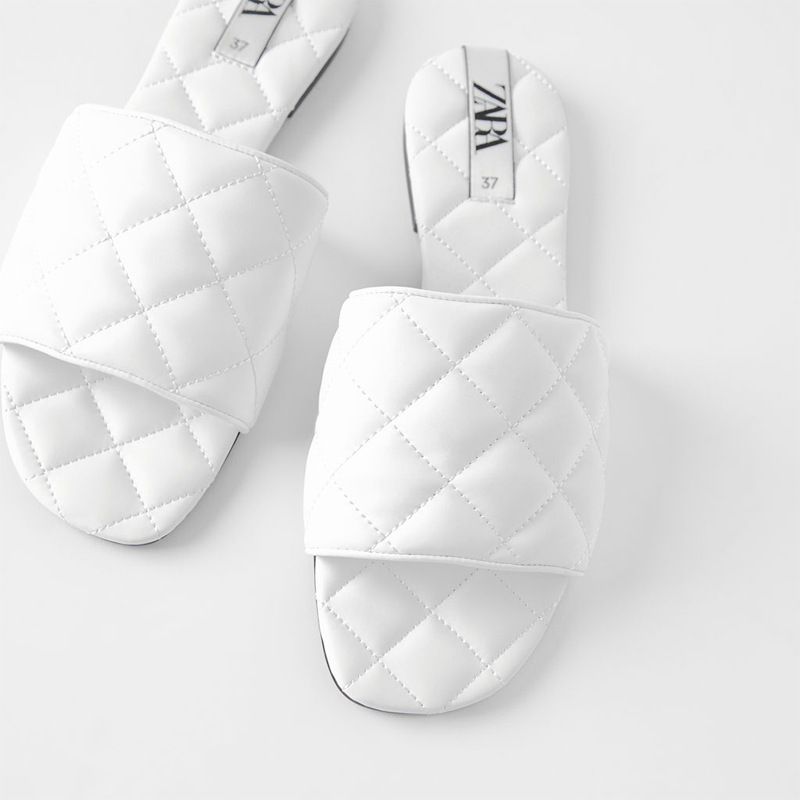 FAMOUS BRAND SAME Design  2020 Fashion Fragrant Breeze Ladies Custom Slide Sandals White Flat Women Slides