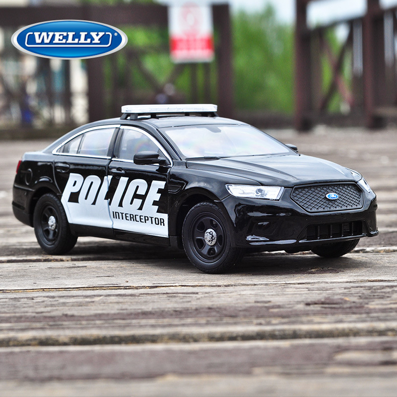 WELLY 1:24 Ford Police Car Car Alloy Car Model Simulation Car Decoration Collection Gift Toy Die Casting Model Boy