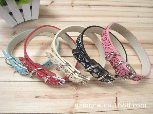 Hot Selling Pet Collar Dog Collar Heart Dog Neck Ring Leather Belt Pet Collar Pu Pet Collar Circle