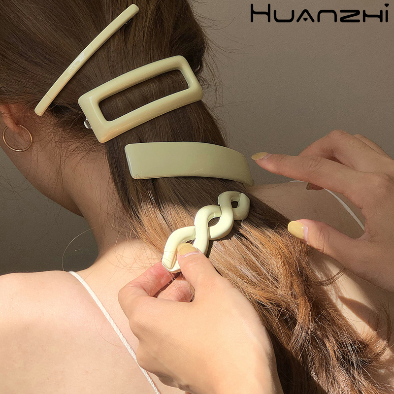 HUANZHI 2020 New French Elegant Vintage Acetic Resin Geometric Spring Hair Clip Barrette Hairpin Hair Accessories For Women