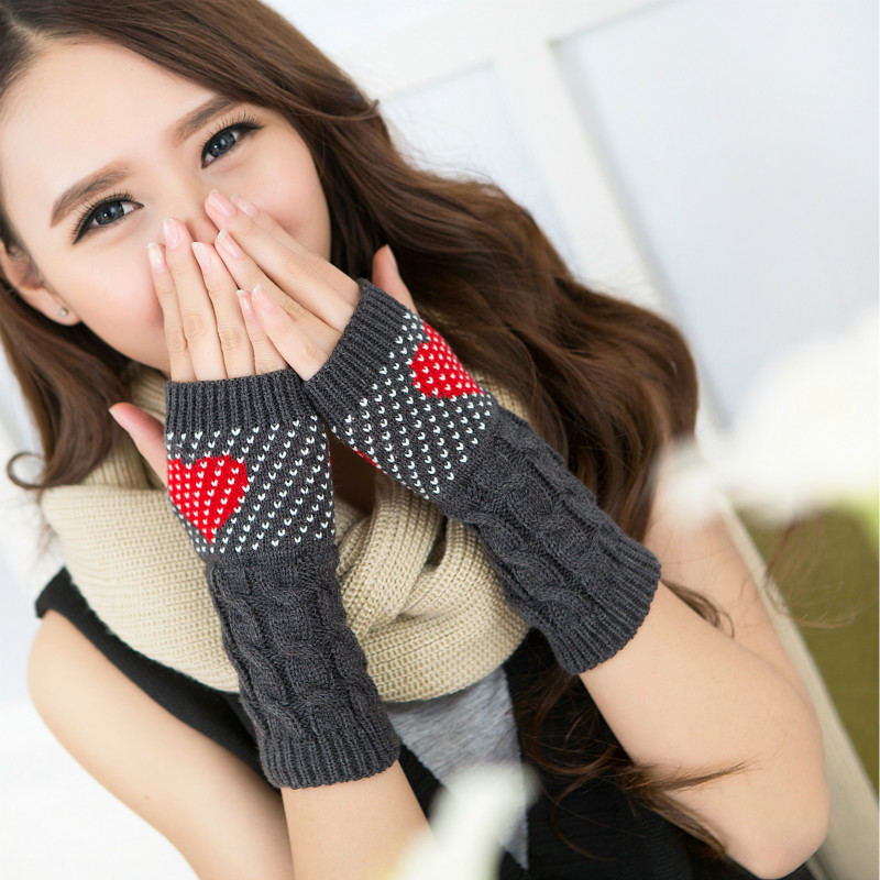 Women Winter Gloves Heart Shaped Knitted Mittens Fashion for Christams Young Girls Love Glove