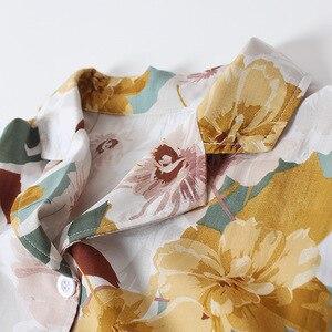 Image 3 - Yaz saten kısa kollu Pijama kadınlar için dönüş yaka yaka Pijama çiçek baskı Pijama Mujer şort ev giysileri Pj seti