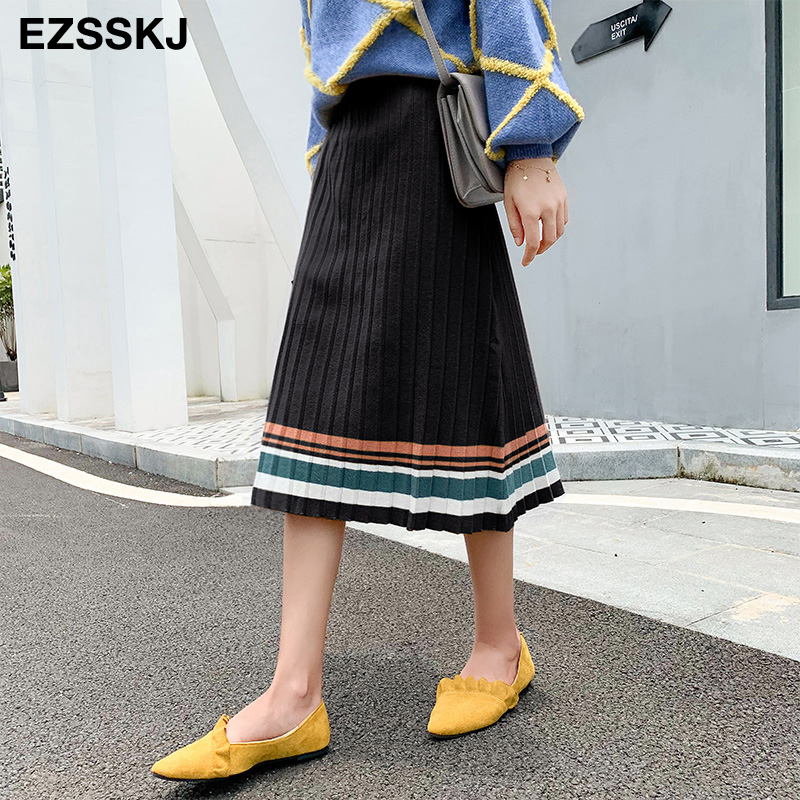 Image 2 - 2019 autumn winter elastic waist pleated sweater skirt women hit color strip knit skirt female casual new thick skirt-in Skirts from Women's Clothing