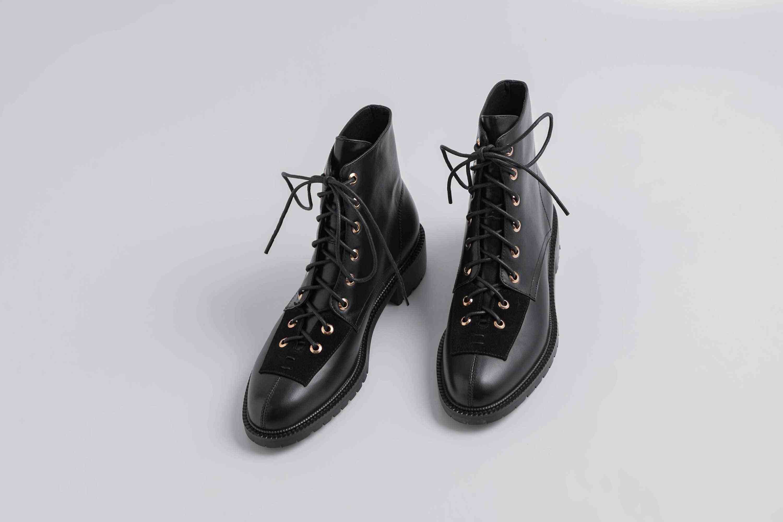 Lenkisen sıcak vintage nazik tarzı hakiki deri perçinler lace up med topuklu yuvarlak ayak kış sıcak kadınlar modern yarım çizmeler L18