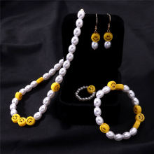Bloody Pearl Smiley Chain Necklace