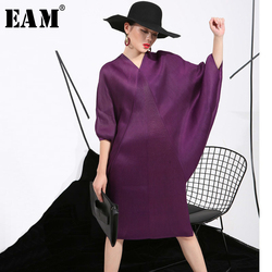 [EAM] 2021 Spring  Trendy New Crimp Bat Sleeve Design Big Size Loose Large Size Solid Color Dress Women Fashion FU11191