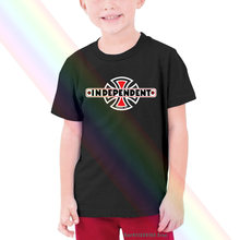 Independiente Trucks monopatín de gran logotipo Skate Spell Out camiseta de chico para niños adulto talla pequeña