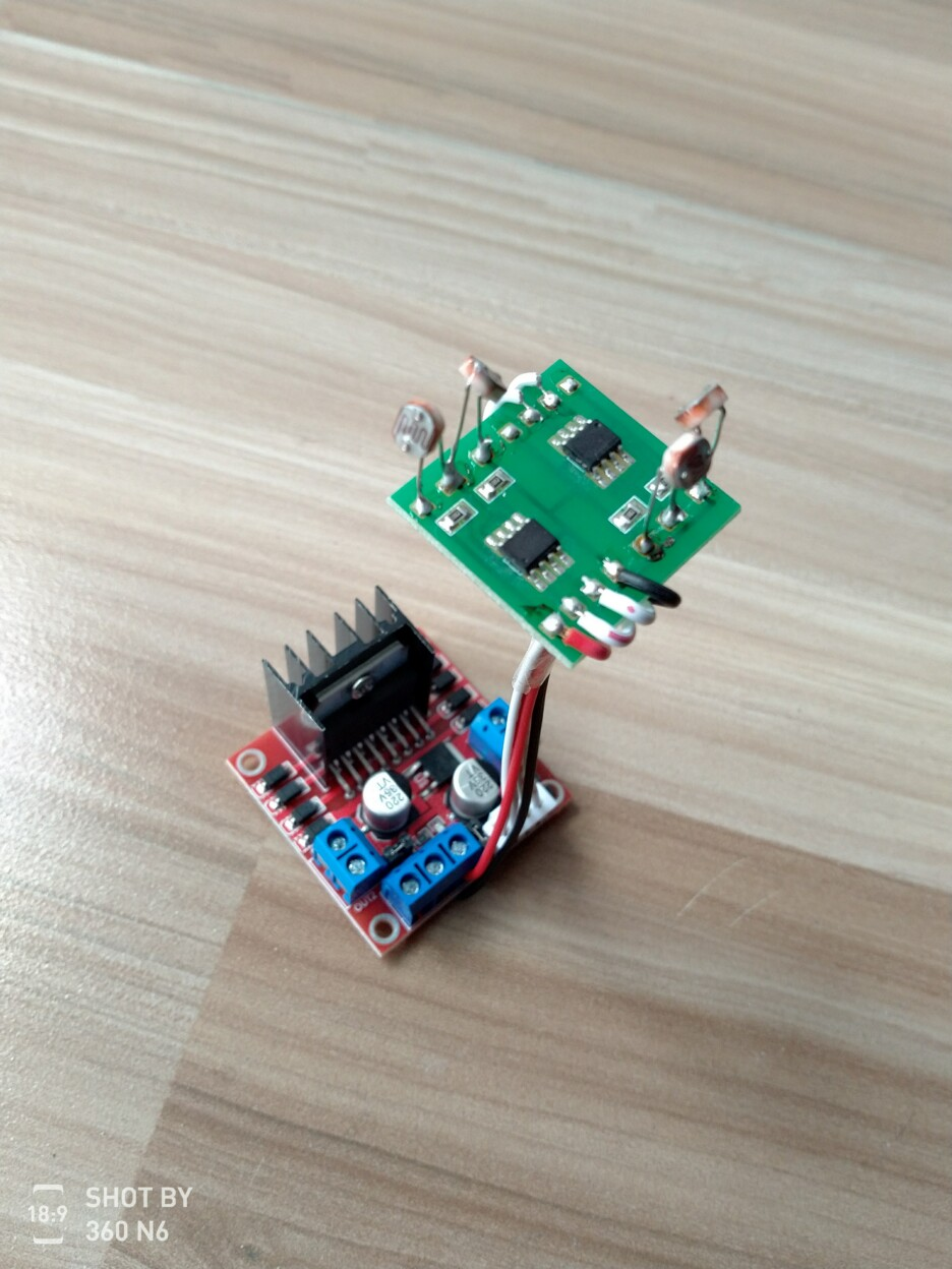 Dual-axis Solar Tracking Tracker (sensor + Driver Board)