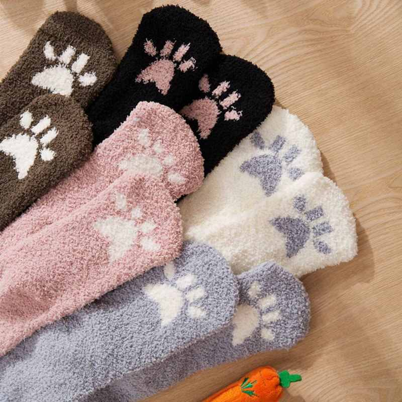 السيدات الشتاء اليابانية التطريز الحيوان المرجان المخملية ستيريو الأذن سميكة الدافئة سرير السرير المنزل Fluffy الجوارب المرجان المخملية غطاء للقدم