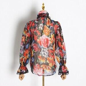 Image 4 - TWOTWINSTYLE 여성 셔츠 블라우스 Bowknot 플레어 긴 소매 패치 워크 레이스 인쇄 탑 여성 우아한 패션 2020 봄 새로운