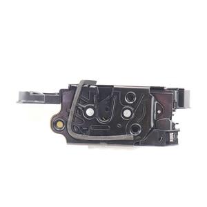 Image 4 - 5N1837015A חליפת עבור סיאט איביזה פולקסווגן Amarok Tiguan Lavida פאסאט CC סקודה פאביה מעולה מנעול דלת מפעיל תפס מרכזי מנגנון