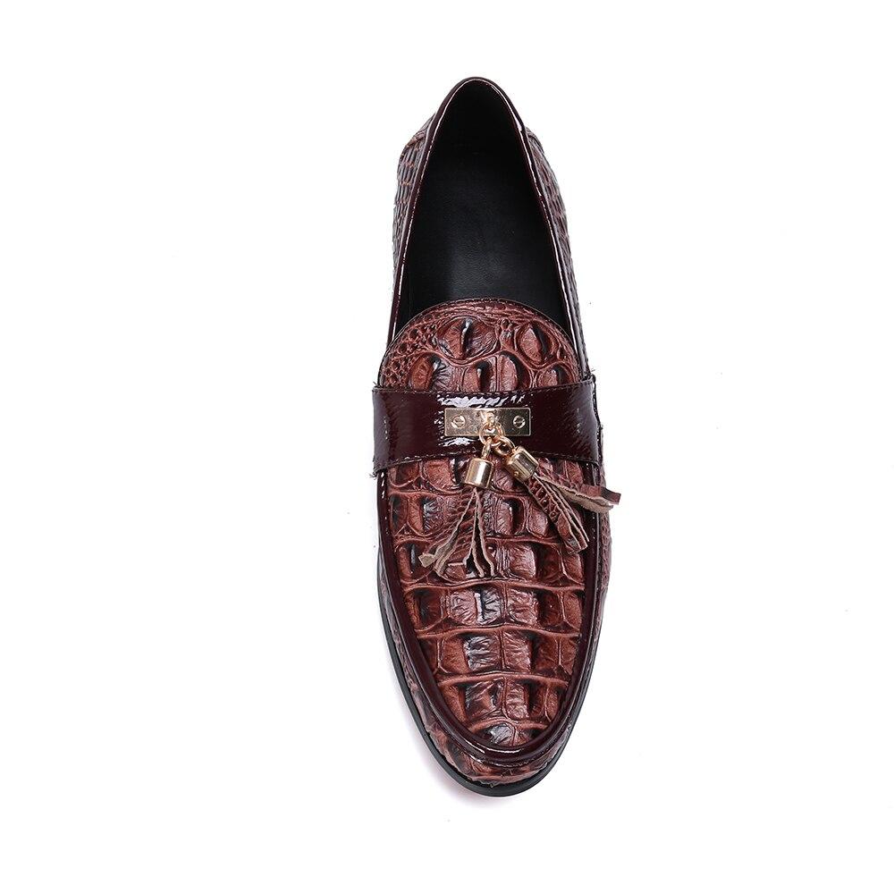 Zapatos casuales para hombre moda marrón borla hombres mocasines marca de lujo hombres zapatos de negocios Slip On zapatos de boda - 4