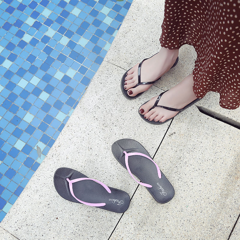 Women's Feet Anti-skid Flat Bottom Student Simple Sandals Solid Color Sandals Fashion Summer New Beach Flip-flops Women's