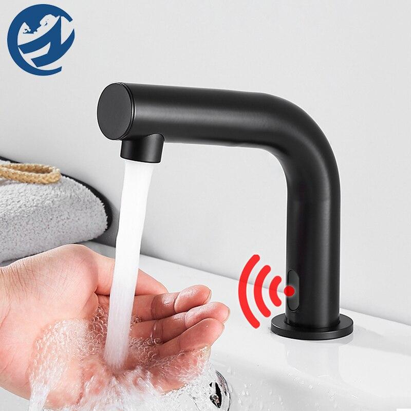Deck monte de bronze preto sensor inteligente torneira da bacia do banheiro torneira pia da bacia quente e fria misturador guindaste da bacia
