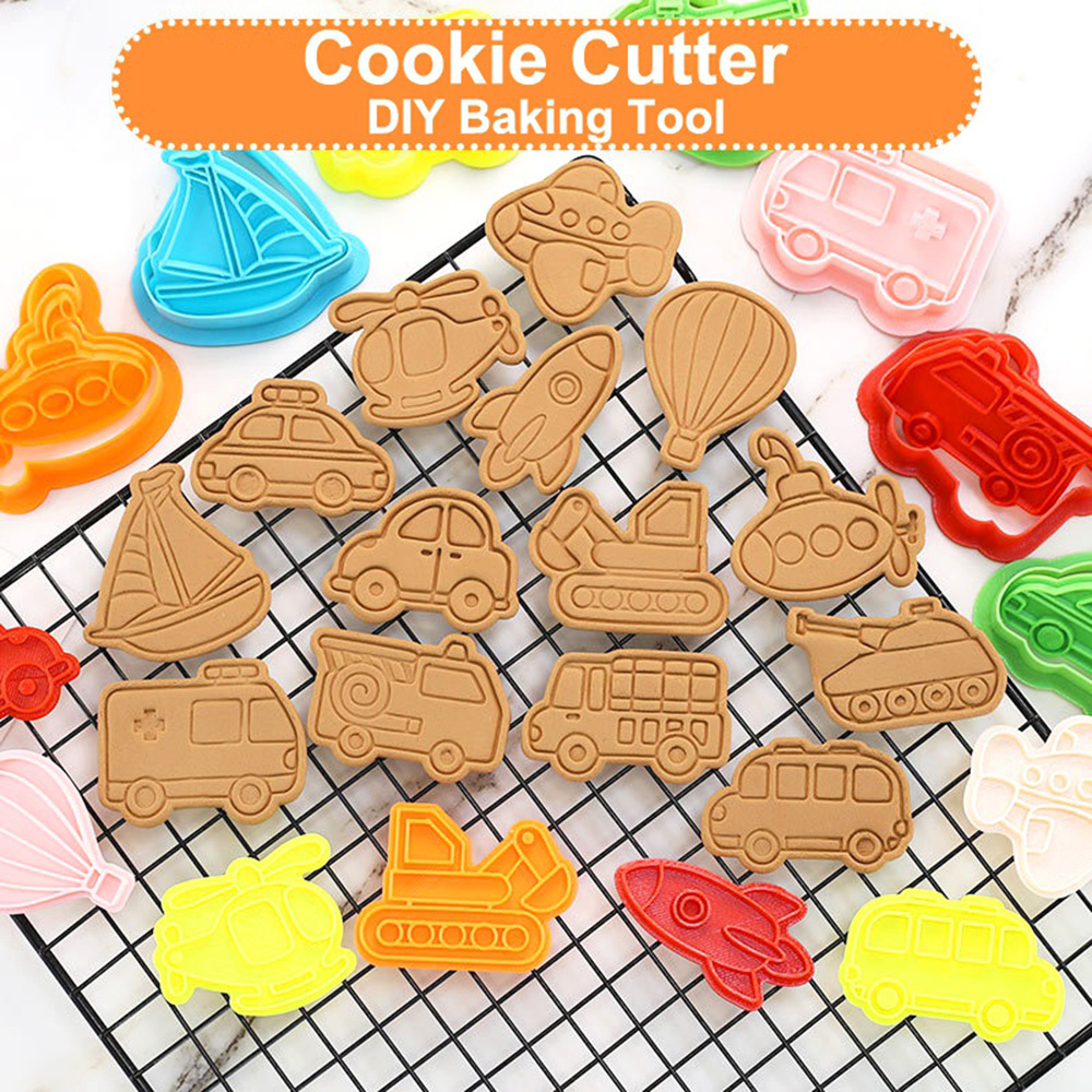 299.0¥  Cute Cartoon Car 3D Cookie Cutters Biscuit Stamp Mold Plunger DIY Baking Mould Cake Decorat...