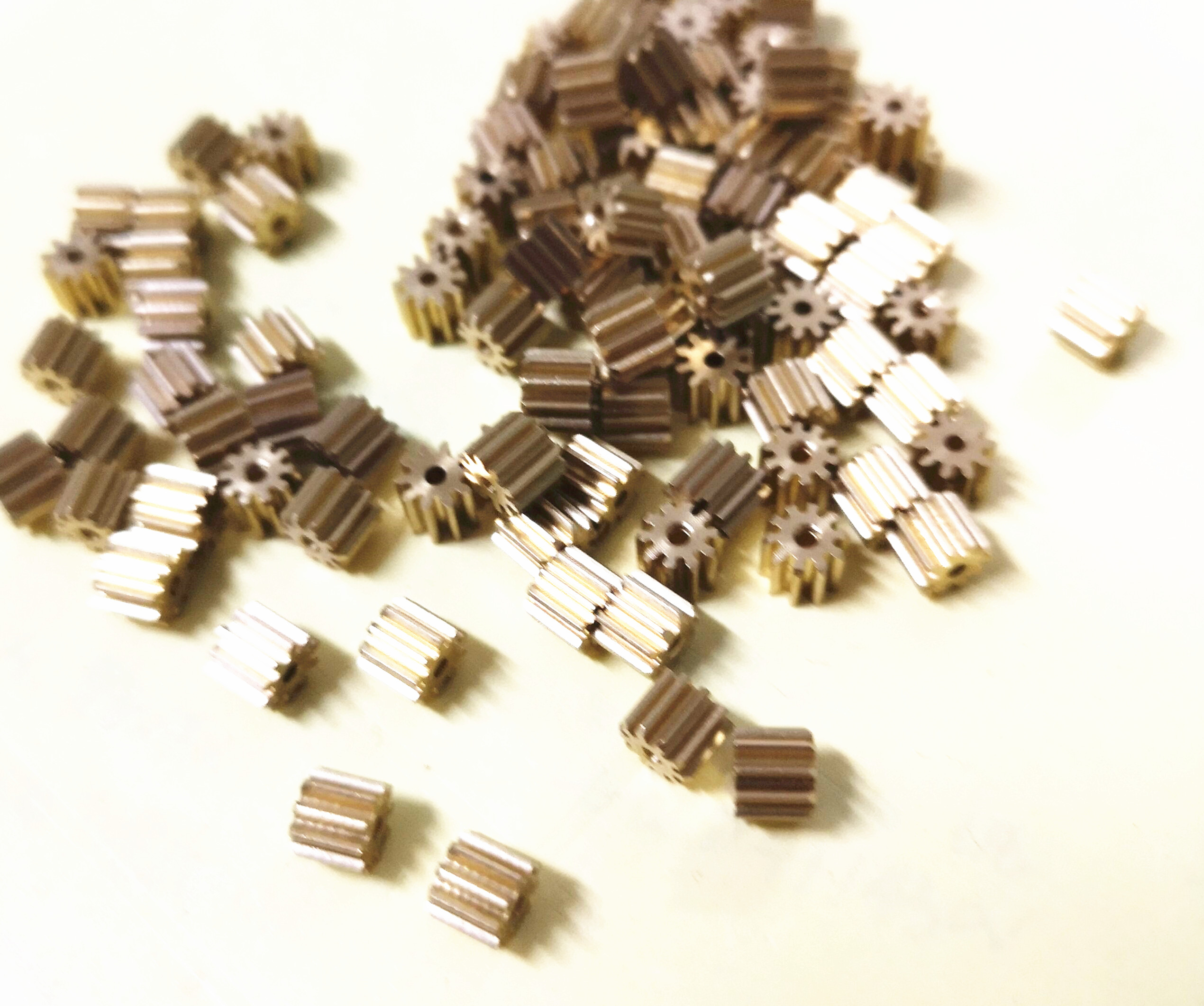 10PCS 0.5M 10T Copper Gear Internal Hole For 1.5 2 3 3.175 Mm Small Module Gear