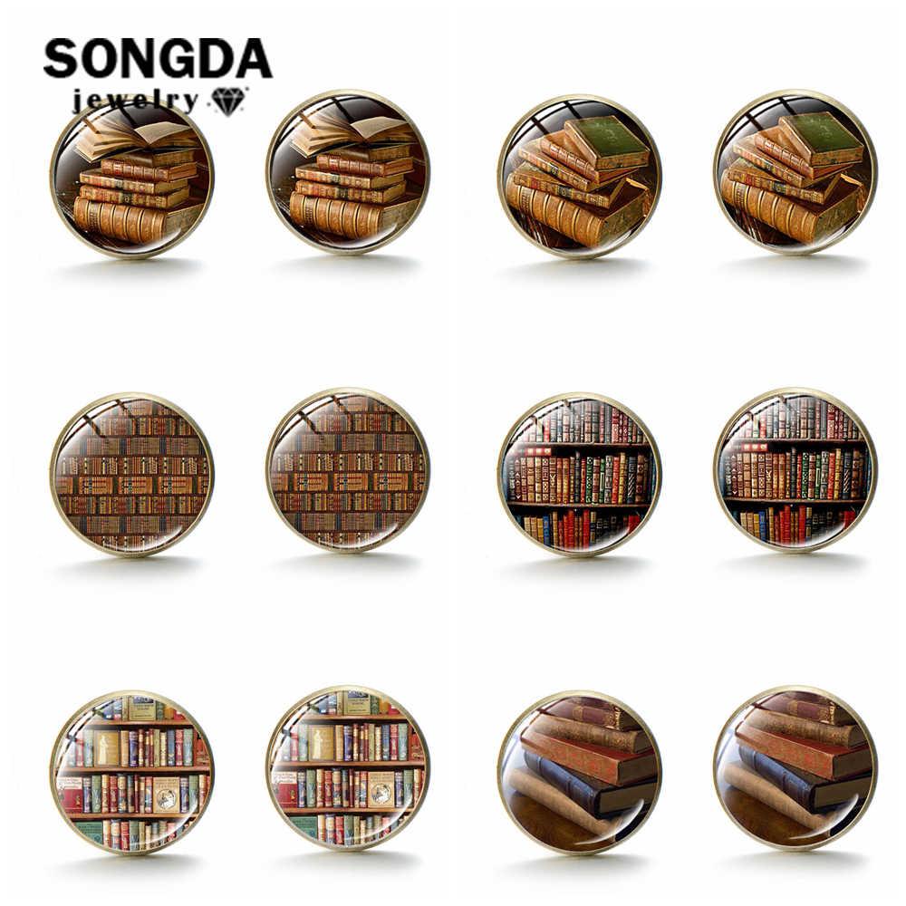 SONGDA สีบรอนซ์หนังสือห้องสมุดต่างหู Retro Retro หนังสือชั้นวางหนังสือรูปแบบศิลปะแก้ว Cabochon สตั๊ดต่างหูนักเรียนไอเดียของขวัญ