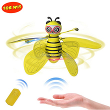 RC Flying Bee Aircraft, Mini Handheld Animal Remote Control Indoor Multiplayer Interactive Games Toy, Infrared Gesture Induction electric rmeote control intelligent rc dinosaurs toy 28308 interactive games induction lighting dancing singing rc dragon toy