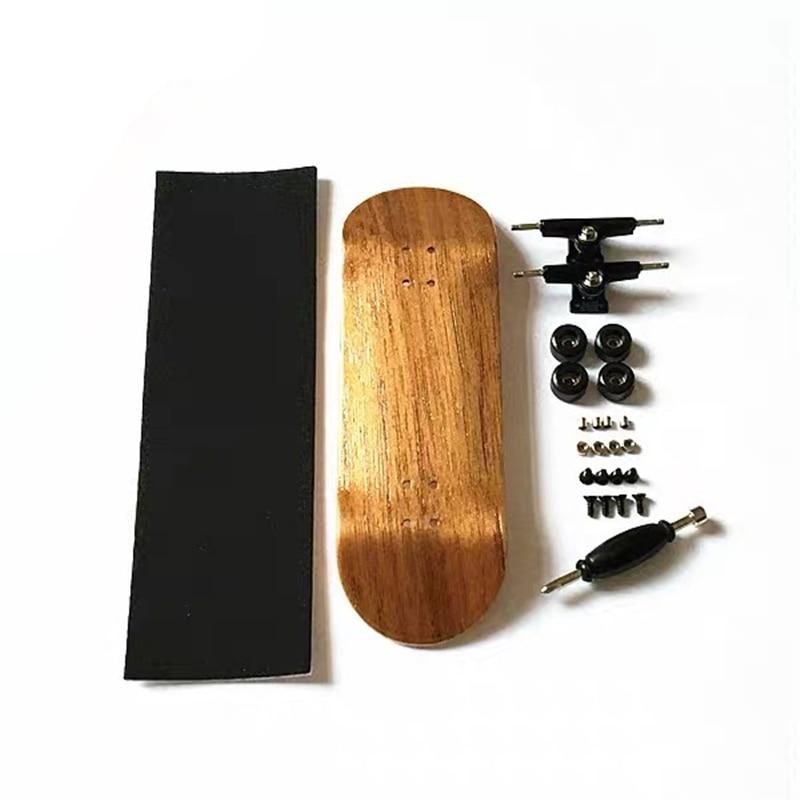 Wholesale Canadian Maple Wood Mini Fingerboard  32mm Tech Deck Finger Skateboard