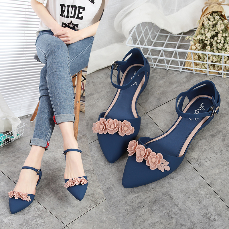 EOEODOIT 2020 Summer Jelly Shoes Beach Sand Soft  Slip Resistance Sandals Flat Heel Pointy Toe Women Flats Shoes With Bowknot