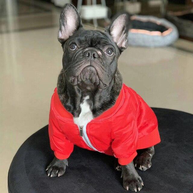 Casaco de cachorro para cães pequenos casaco de monograma vermelho para bulldog francês traje pug casaco pc1042