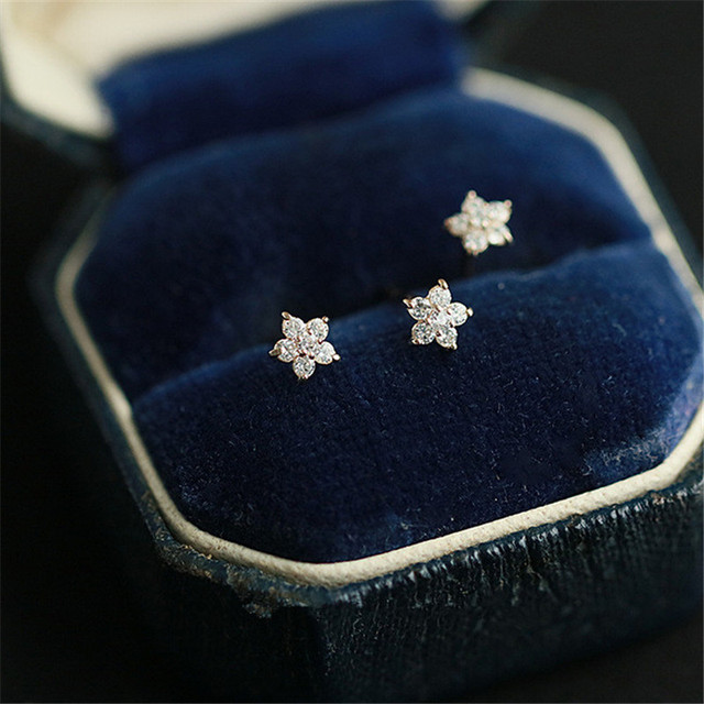 925 Sterling Silver Plated 14k Gold Pavé Crystal Five-pointed Star Earrings Women Simple Fashion Wedding Jewelry Accessories 4