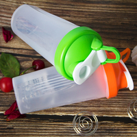 Protable 600ML Whey Protein Pulver Shaker Flasche Gym Sport Mischen Flasche Mit Schütteln Leck Beweis Ball Deckel Ohne BPA-in Shaker-Flaschen aus Heim und Garten bei