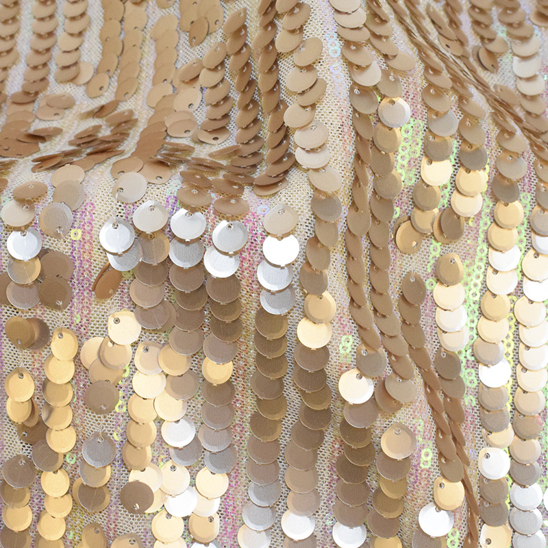 100*130cm Fish Scale Mesh Embroidered Fabric Full Polyester Sequins Sequins Wedding Dress Stage Clothing Bag Fabric