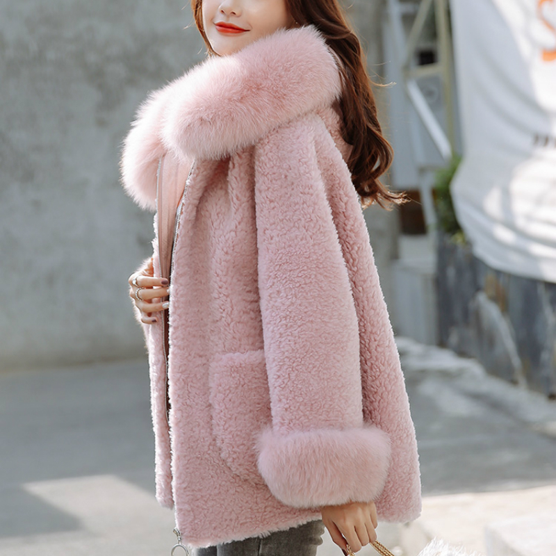 Autumn Winter Lamb Fur Coats Women Real Sheep Shearing Jakcets Women Natural Fox Fur Wool Overcoat Clothes 2020 LWL1388
