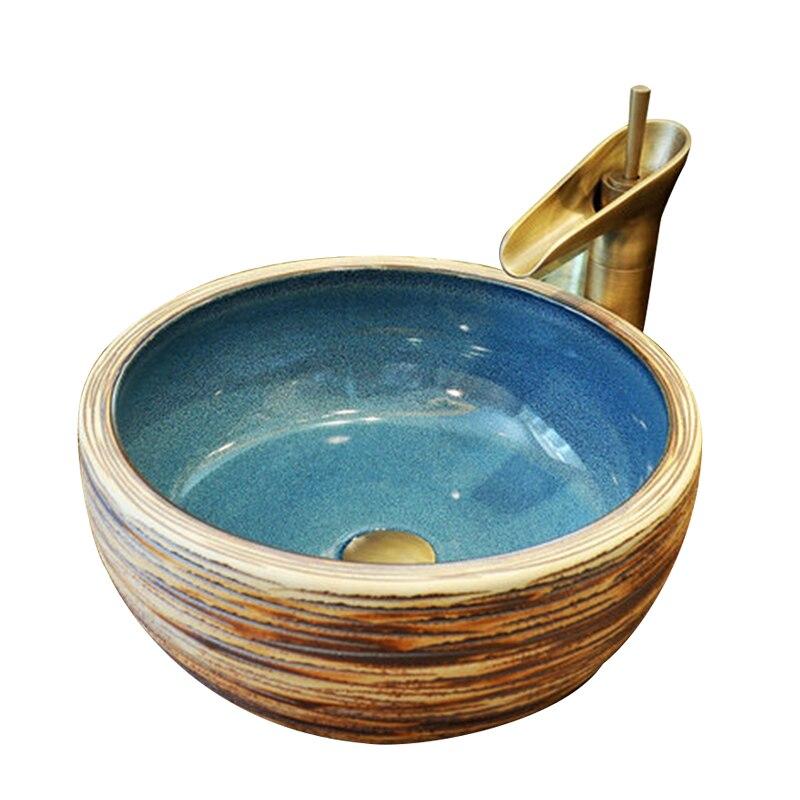 Céramique rétro comptoir lavabo vestiaire peint à la main navire évier salle de bains éviers européen classique Art bassin Mx9091426