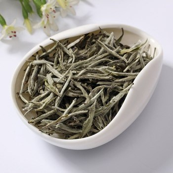 Baihao Yingzhen White Tea Grade Baihaoyinzhen Silver Needle Tea For Weight Loose Chinese Natural Organic food 2